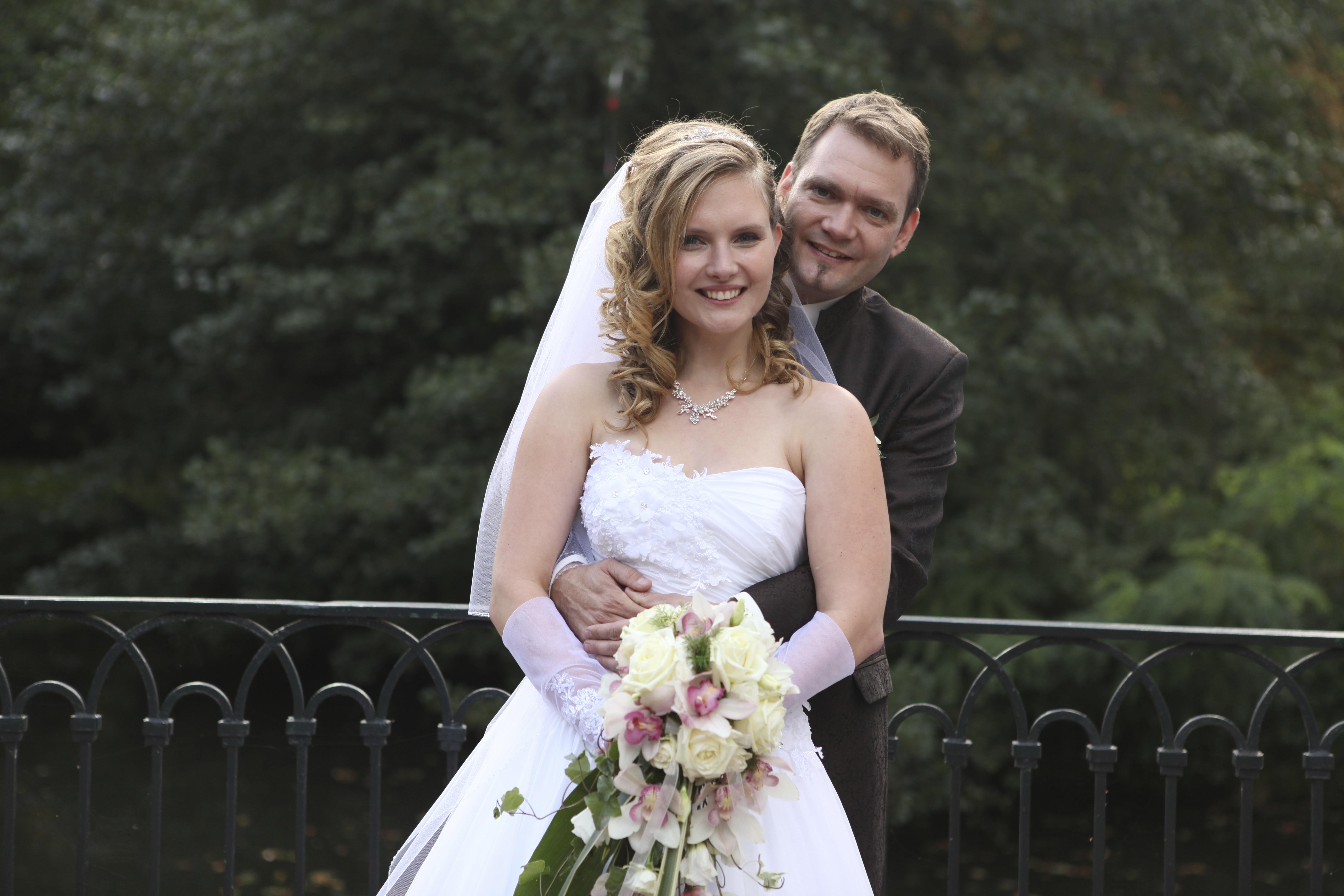 Berühmt Halsketten Für Hochzeitskleider Fotos - Hochzeit Kleid Stile ...